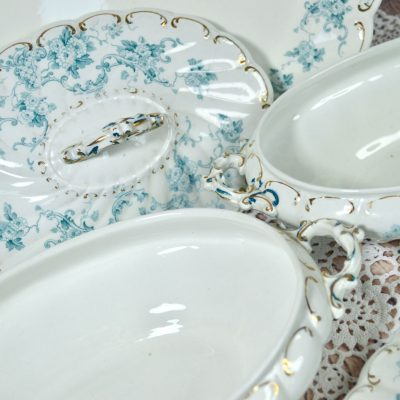 Wicksteads-Home-&-Living-Tableware-Antique-English-Tureens-&-Platter-Set-Blue-White-Floral-Florence-Pattern—(7)