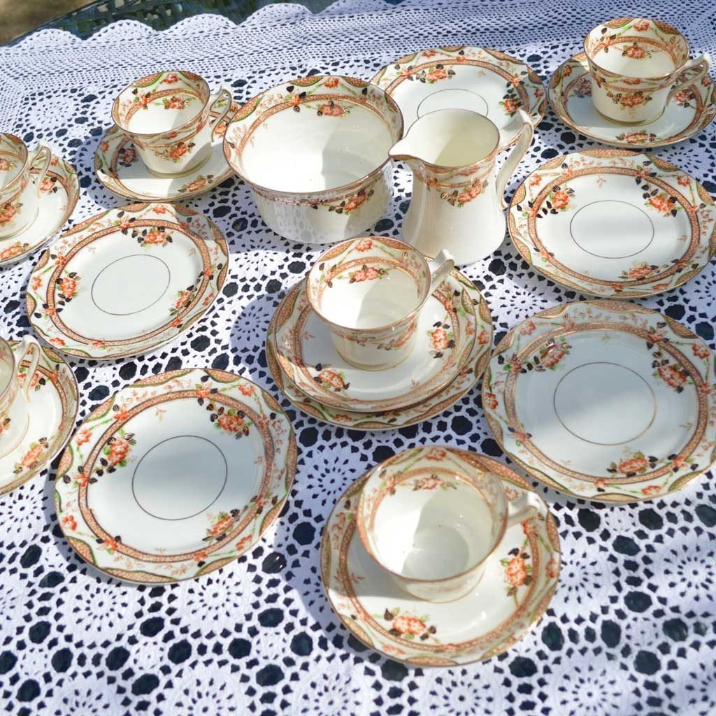 Wickstead's-Home-&-Living-Vintage-Tea-Set-Sutherland-Floral-Imari-1900s–(1)