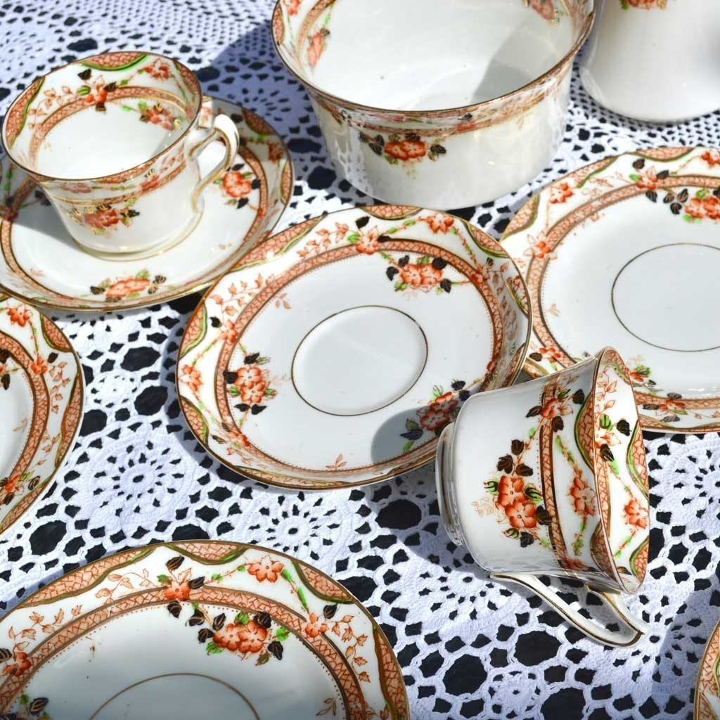 Wickstead's-Home-&-Living-Vintage-Tea-Set-Trio-Sutherland-Floral-Imari-1900s–(3)