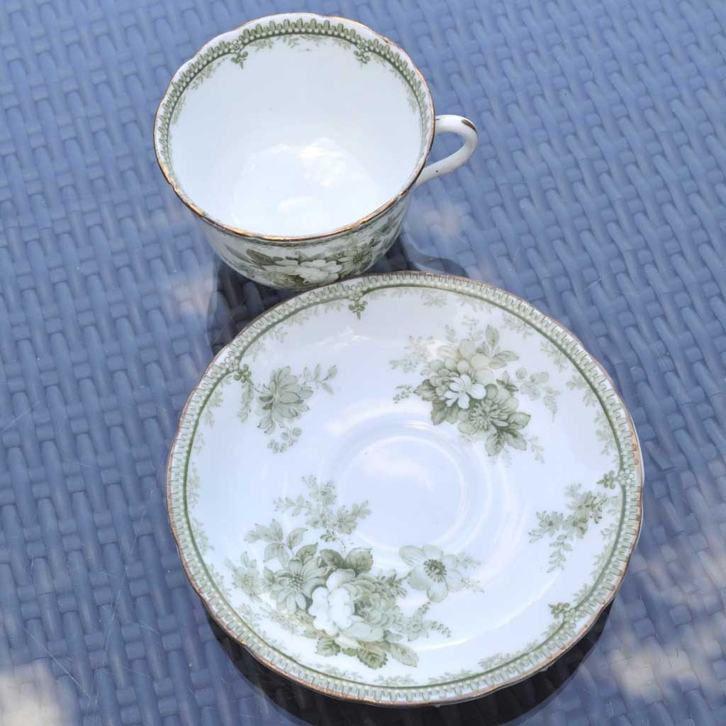 Wicksteads-Home-&-Living-Vintage-Teacups-Royal-Doulton-Adelaide-Green-Floral-1900s-(1)