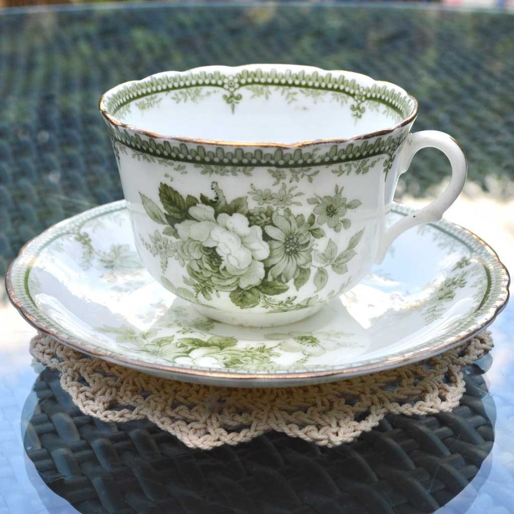 Wicksteads-Home-&-Living-Vintage-Teacups-Royal-Doulton-Adelaide-Green-Floral-1900s-(3)