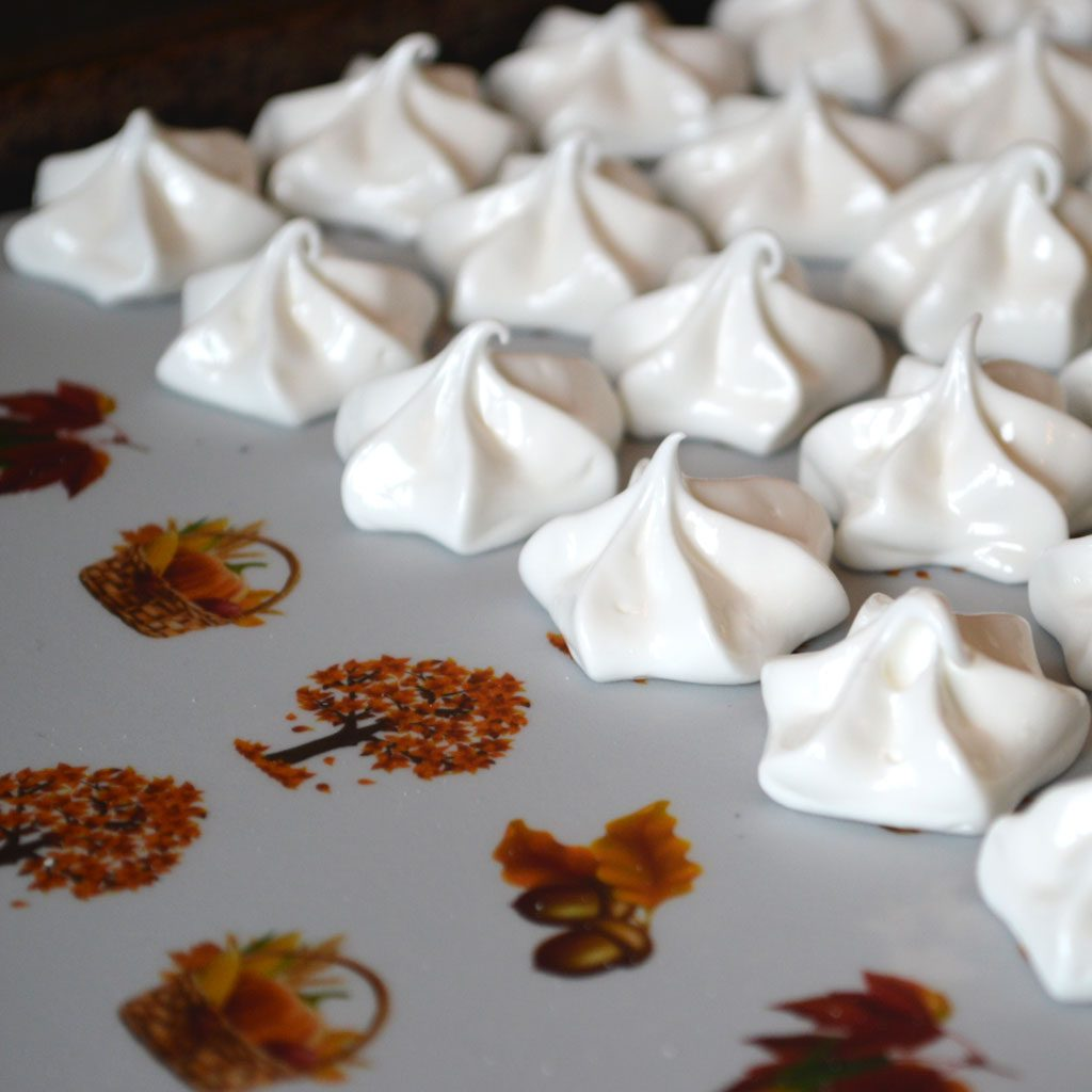 Wickstead's-Eat-Me-Edible-Meringue-Transfer-Sheets–Autumn-Fall-(11)