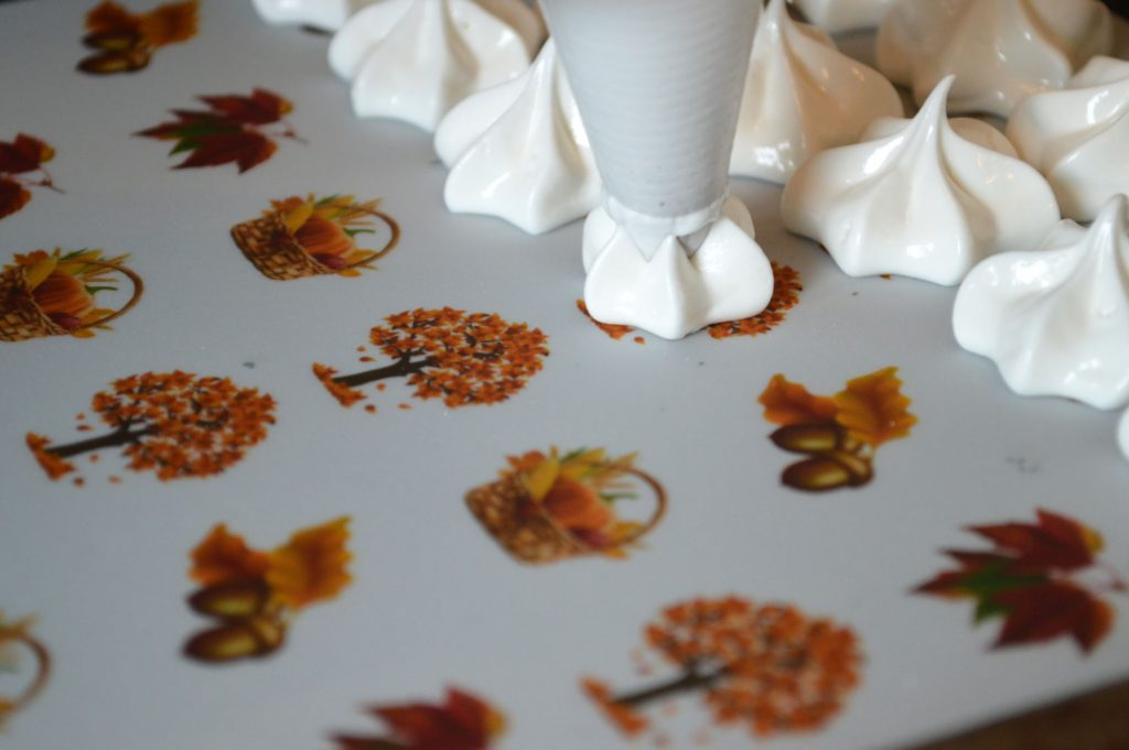 Wickstead's-Eat-Me-Edible-Meringue-Transfer-Sheets–Autumn-Fall-(8)