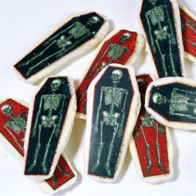 Wickstead's-Eat-Me-Edible-Meringue-Transfer-Sheets–Skeleton-Coffins-(1)