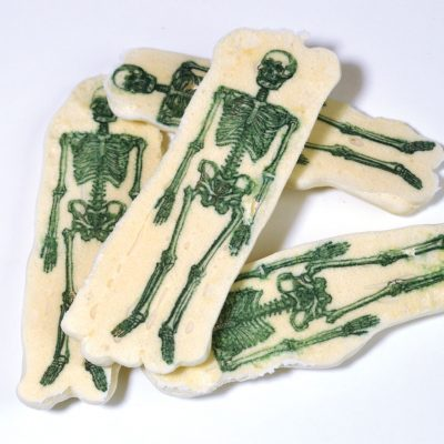 Wickstead's-Eat-Me-Edible-Meringue-Transfer-Sheets–Skeletons-(2)
