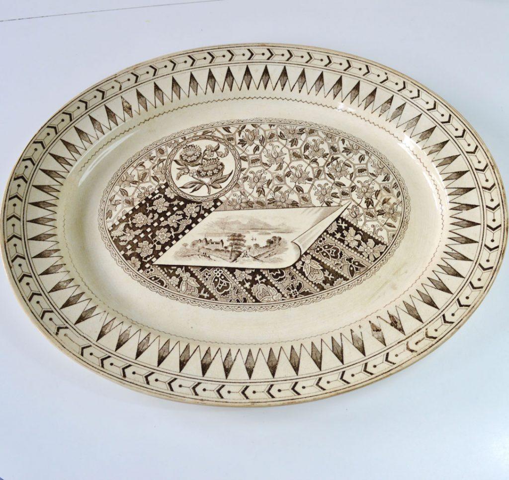 Wickstead's–Home-&-Living–Platter-Aesthetic-Brown-James-Beech-(1)