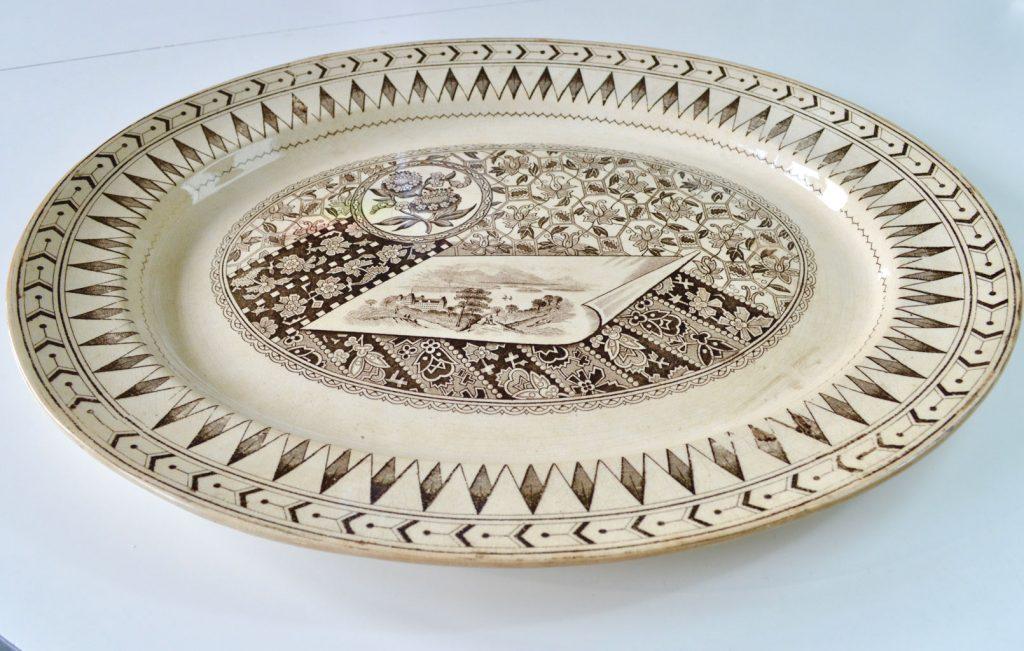 Wickstead's–Home-&-Living–Platter-Aesthetic-Brown-James-Beech-(3)