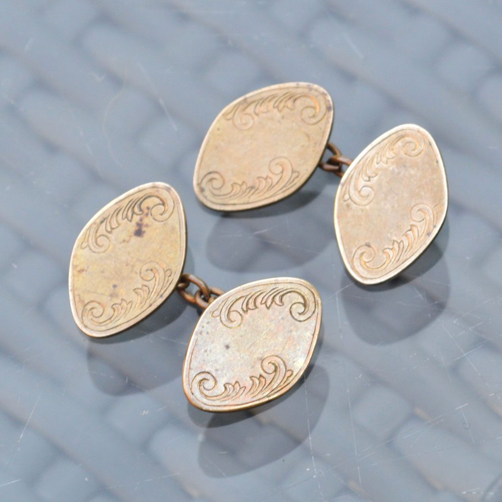 Wickstead's-Mr-Wickstead-Vintage-Cufflinks–Chain-Gold-Tone-Diamoind-Shapes-(2)