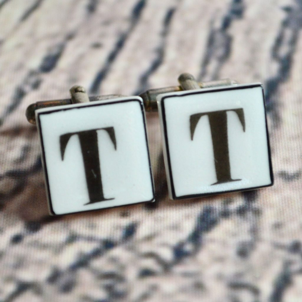 Wickstead's-Mr-Wickstead-Vintage-Cufflinks-TBar-Sonia-Spencer-Letters–(10)